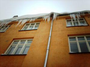 jääpurikate eemaldamine